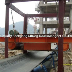 China Self Cleaning Overband Magnetic Separator Belt Type For Handling Iron Materials factory